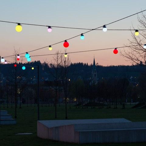 61 Lichtkugeln erhellen den Eulachpark